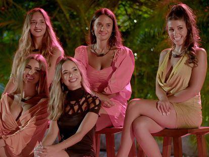 Algunas de las participantes en 'La isla de las tentaciones'.