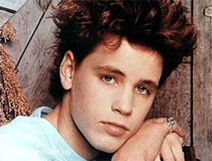 Adiós a Corey Haim cuando era adolescente en una foto de su página web oficial.