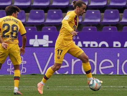 Griezmann controla el balón en el duelo ante el Valladolid.