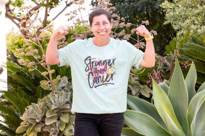 """Carla Suárez, con el lema """"Más fuerte que el cáncer"""" en su camiseta. / ÁLVARO RAMA"""