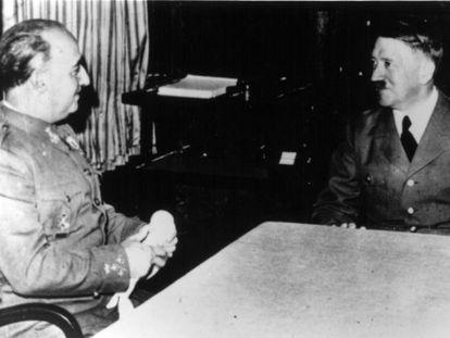 Franco y Hitler se entrevistan en Hendaya en 1940.