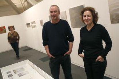 Javier y Alicia Chillida, comisarios de la muestra dedicada a Gonzalo Chillida.