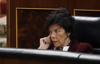 Isabel Celaá en el Congreso de los Diputados.