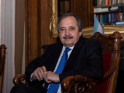 Entrevista a Ricardo Alfonsín, Embajador de Argentina en España, en su residencia oficial en Madrid.