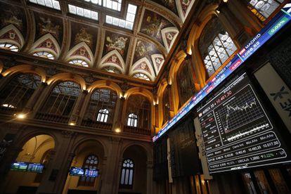 Vista de un panel del IBEX 35 en la Bolsa de Madrid