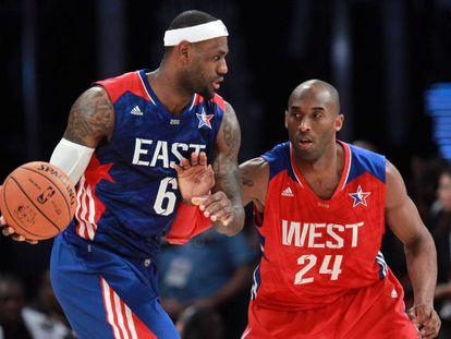 LeBron James y Kobe Bryant, en el All Star de 2013.