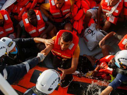Rescate de la ONG alemana Sea-Watch frente a las costas libias el 2 de agosto de 2021.