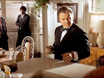 Harvey Keitel como el Señor Lobo en la película 'Pulp Fiction'.