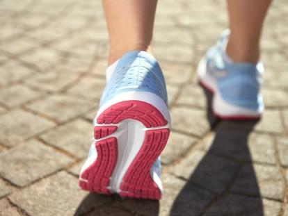 Unas plantillas adecuadas pueden mejorar notablemente nuestro confort al caminar o al pasar mucho tiempo de pie. GETTY IMAGES