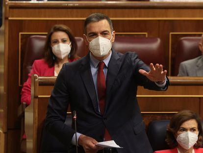 El presidente del Ejecutivo, Pedro Sánchez, durante la sesión de control al Gobierno celebrada este miércoles en el Congreso.
