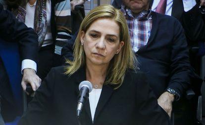 La Infanta Cristina de Borbón durante su declaración.