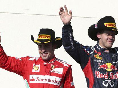 Alonso y Vettel en el podio del GP de EEUU.