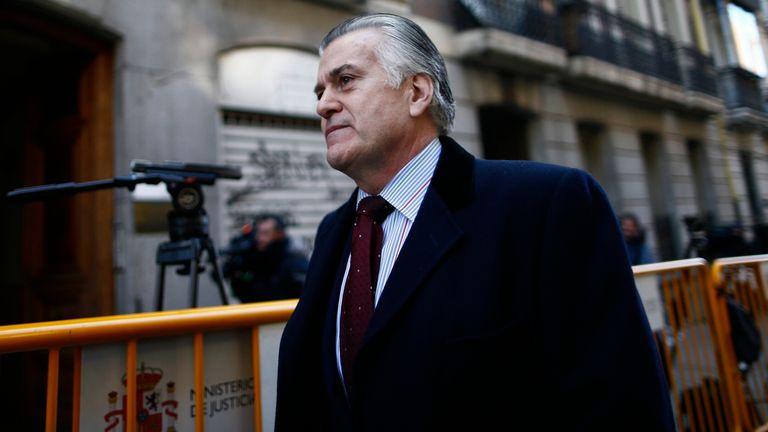 El ex tesorero del PP, Luis Bárcenas llega a la Audiencia Nacional en enero de 2015.