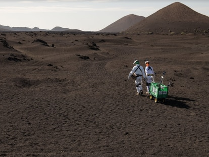 Ensayo de exploración espacial sobre los regolitos de Lanzarote, similares a los de la Luna.