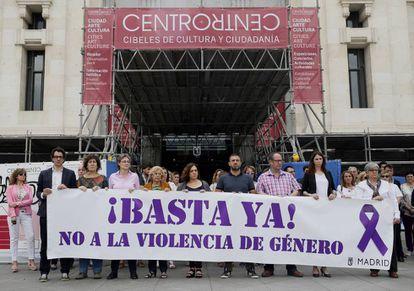 Concentración contra la violencia machista en Madrid, convocada el lunes en memoria de las dos últimas asesinadas en la región.