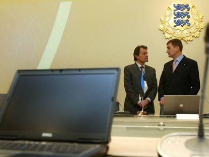 Artur Mas durante su entrevista con Andrus Ansip, primer ministro de Estonia en Tallín en 2008.