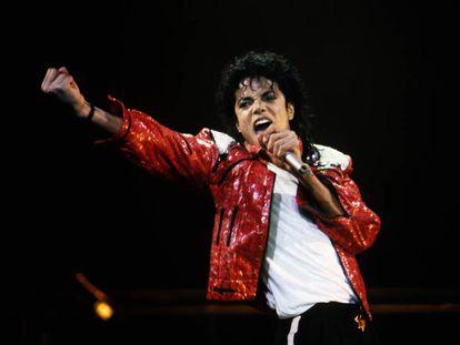 Michael Jackson durante un concierto en 1986.