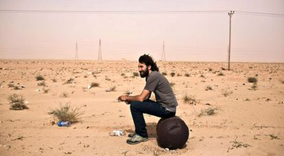 Fotografía tomada el pasado 30 de abril del fotógrafo español Manu Brabo en el frente de combate de la zona oriental libia.