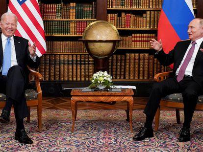 Joe Biden y Vladímir Putin, durante el encuentro en 'villa La Grange' de Génova (Suiza).