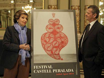 Carmen Mateu con Oriol Aguilà en la presentación del Festival Castell Peralada de 2014.