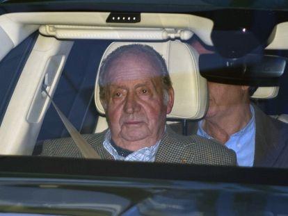 Juan Carlos I, en enero pasado, cuando acudió al hospital para visitar a su sobrina Simoneta Gómez-Acebo.
