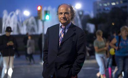 Manuel Ballbé en Barcelona en 2014 durante una entrevista con EL PAÍS por la convocatoria de la consulta del 9-N.