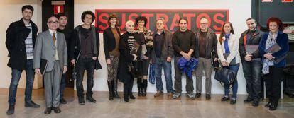 Algunos de los artistas participantes en la exposición 'Sustratos'.