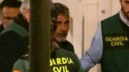 Montoya, a su llegada a los juzgados de Valverde del Camino.