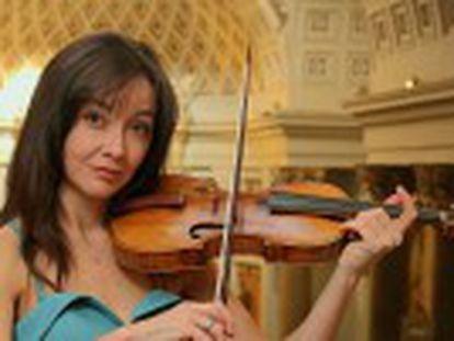 Vídeo de la actuación que la violinista realiza para EL PAÍS en el Oratorio del Caballero de Gracia de Madrid