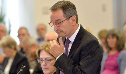 Francis Sullivan, responsable del Consejo de Verdad, Justicia y Salud, durante la vista de la comisión investigadora.