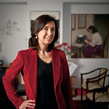 Inés Fernández-Ordóñez, séptima mujer en ingresar en la Real Academia.