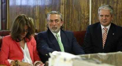 Imagen de la vista del juicio Gürtel. En el centro de la imagen, Francisco Correa en 2016.