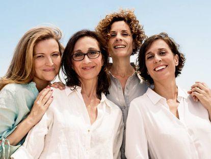 Cristina Genebat, Sílvia Munt, Marta Marco y Clara Segura, directora y actrices de 'Les noies de Mossbank Road'.