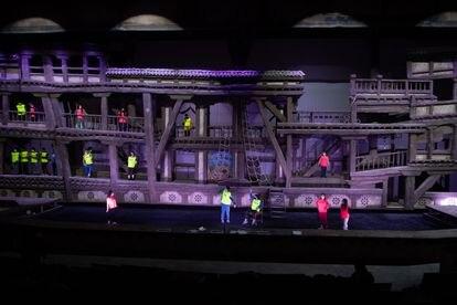 Ensayo del espectáculo 'A pluma y espada', en el escenario que recrea un corral de comedias.