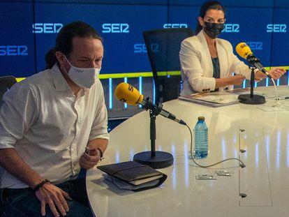 Los candidatos a la Comunidad de Madrid Pablo Iglesias, de Unidas Podemos, y Rocío Monasterio, de Vox, en el debate de la Cadena SER.