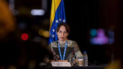 Alena Douhan, relatora de la ONU, en una conferencia de prensa en Caracas (Venezuela).