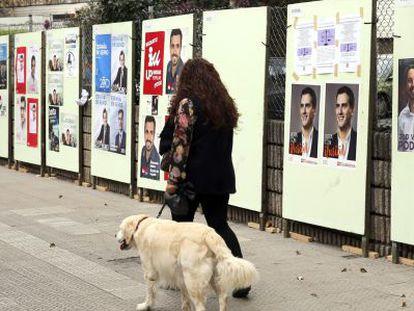 Cartelería electoral de los candidatos a La Moncloa para las elecciones del 20 de diciembre.