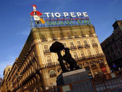 Cartel de Tío Pepe en la Puerta del Sol.