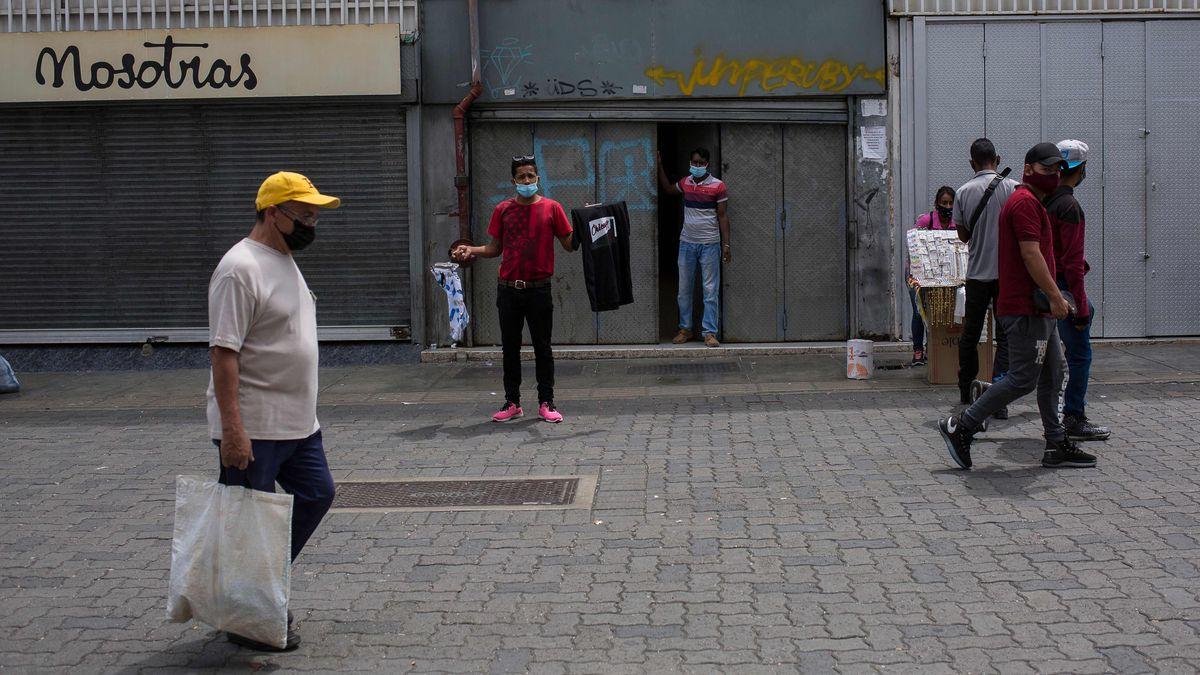 Desolador diagnóstico económico en Venezuela tras cuatro años de sanciones