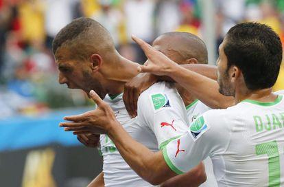 Islam Slimani celebra su gol ante Corea del Sur.