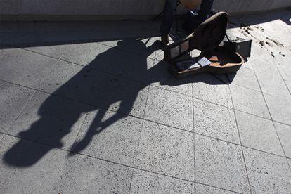 Músico en una calle del centro de Madrid.