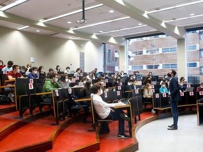 Una clase en el campus de la Ciutadella de la UPF, en Barcelona.