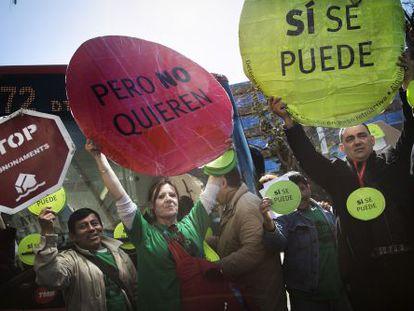 Una imagen de archivo de miembros de la PAH en Barcelona.