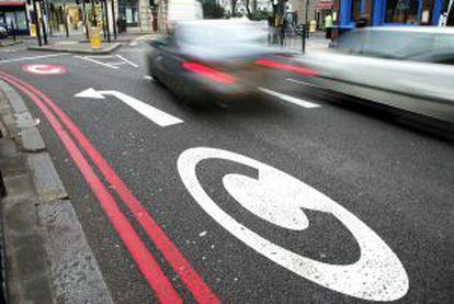 El centro de Londres tiene limitado la circulación de vehículos.