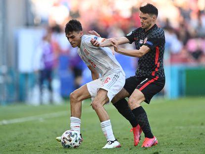 El centrocampista español Pedri durante el partido contra Croacia en los Octavos de final de la Eurocopa 2020.