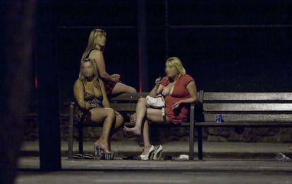 La mayoría de las prostitutas no trabajan de manera autónoma.