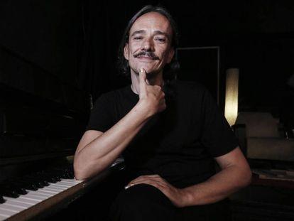 El cantautor Javier Álvarez