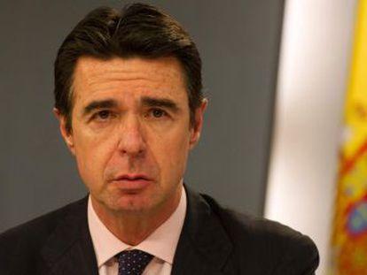 El PP pone al exministro de Industria de  ejemplo claro  de alguien  honesto que dimite sin ningún indicio de irregularidad