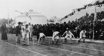 La salida de los 100 metros en Atenas 96.
