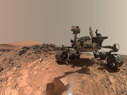 El robot Curiosity en el planeta Marte.
